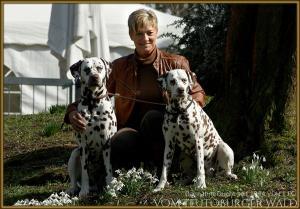 Züchterin Karola Lehmann mit Silas und Latoya